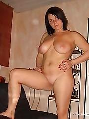 BBW cutie shows off her creamy cunt on cam