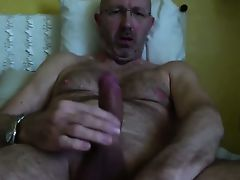 italian mature man jerking off