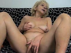 Dirty blonde slut gets horny rubbing part5