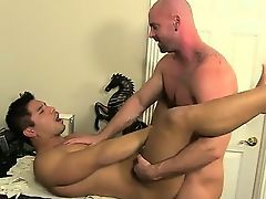Gay orgy After face pounding and licking his ass, Mitch boin