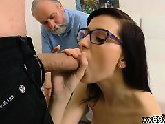 Boyfriend assists with hymen examination and pounding of vir
